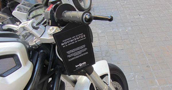 Motocicleta con servicio de perching y poming